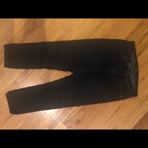 F21 cropped dark jeans 26